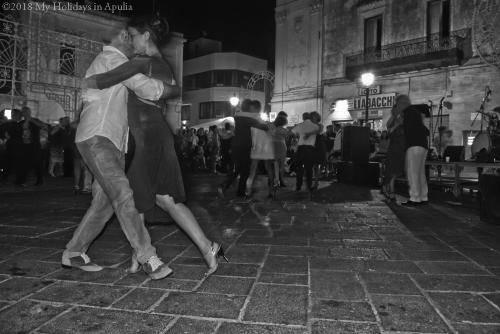 dance in Apulia